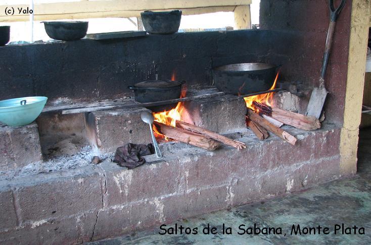 Fogon para cocinar airea condicionado for Fogones rusticos en ladrillo