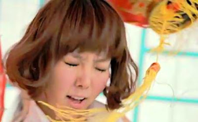 Orange Caramel Raina lantern
