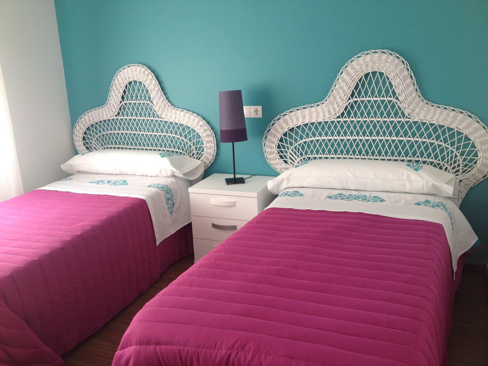 Dormitorio juvenil blanco - Dos camas en una ...