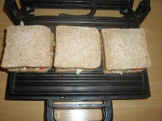 اعداد سندويشات للعشاء أو للاطفال في المدرسة شهية وسريعة التحضير بالصور