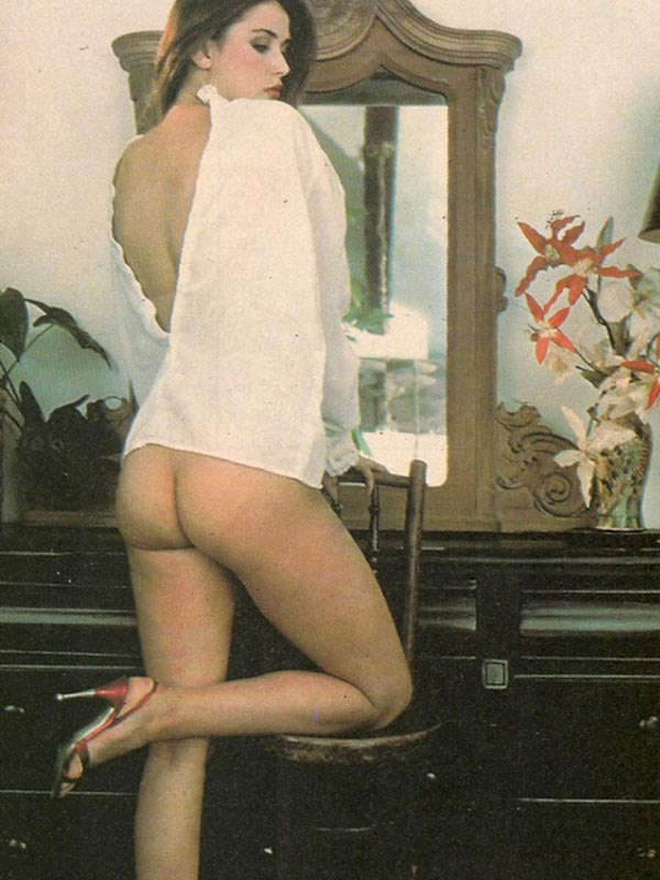 sexy Demi Moore ass