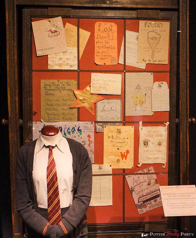Le tableau daffichage des Gryffondor à lexposition Harry Potter à ...