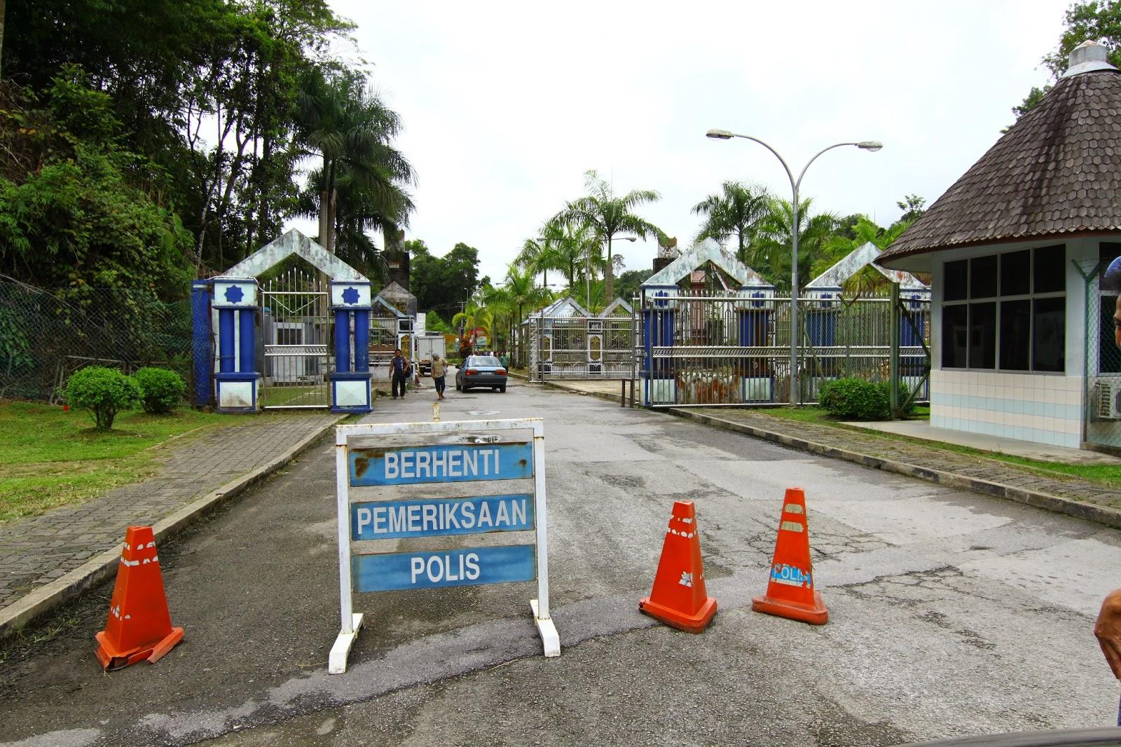 Kawalan polis sebelum melangkah masuk ke Indonesia