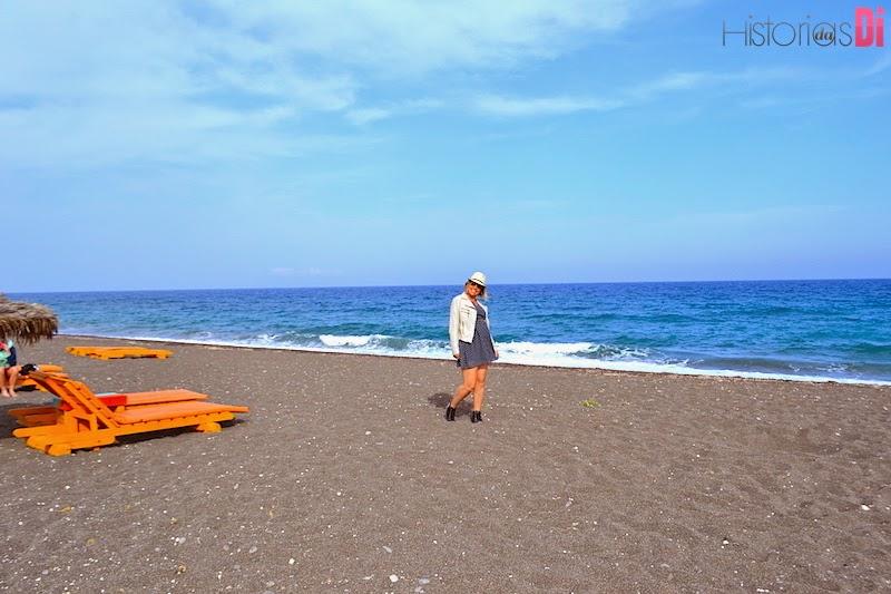 A Praia de Perissa