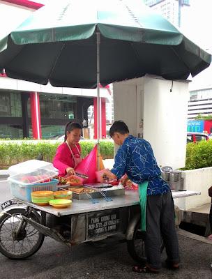 Phang Cheong Chin Yong Tau Foo mobile stand