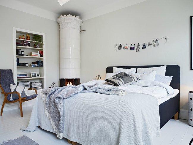 Decoraci n de interiores cuarto blanco y azul marino for Decoracion interior habitacion