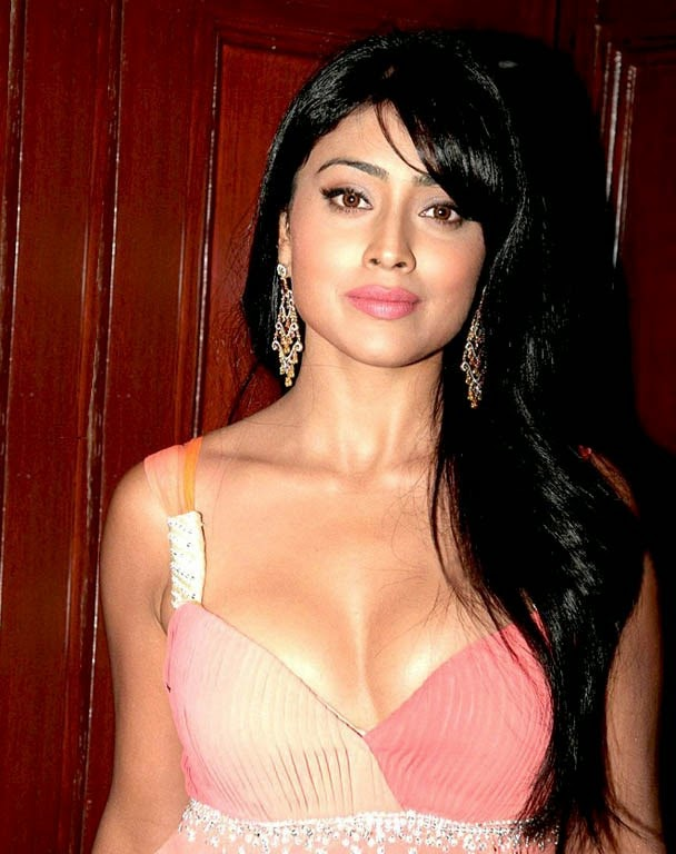 Shriya Saran hot unseen rare pics HD in Pink mini Skirt