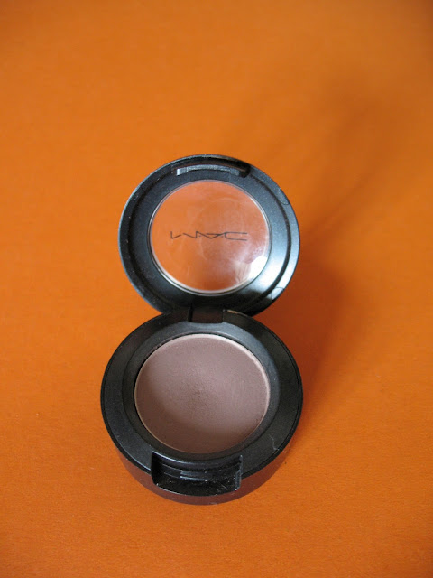 MAC-Quarry-eyeshadow-review-01