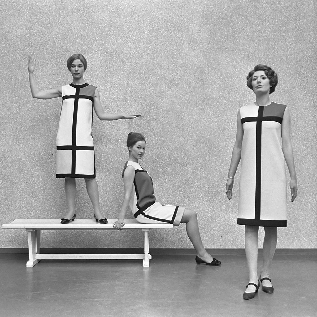 l 39 amour des femmes oder warum die weibliche modewelt erdem moralio lu zu f ssen liegen sollte. Black Bedroom Furniture Sets. Home Design Ideas