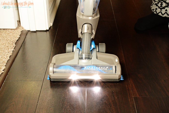 How to Create Vacuum Lines Like the Professionals   Simple-to-follow tutorial to create the classic carpet pattern with your vacuum (just like mom used to!).