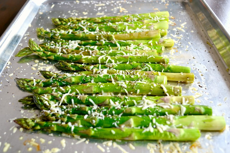 Welcome Home Blog: ♥ Fresh Roasted Asparagus