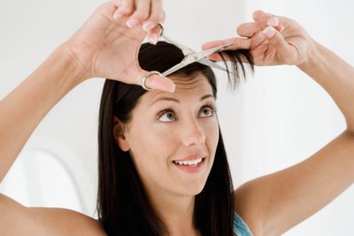 Tự cắt tóc