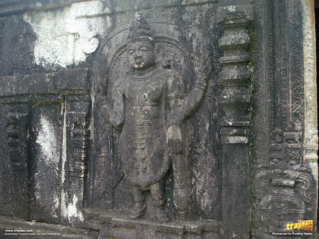 Sculpture on the wall of the Vaishnava temple in the Kattale Basadi group, Barkur, Udupi district, Karnataka, India