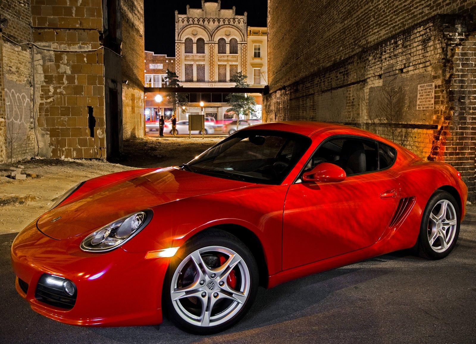 http://3.bp.blogspot.com/-7GBnT9QVBZs/TdoTZ2nA72I/AAAAAAAAAlw/3i-2D1h4IAo/s1600/Porsche-Cayman_S_2009_1600x1200_wallpaper_06.jpg