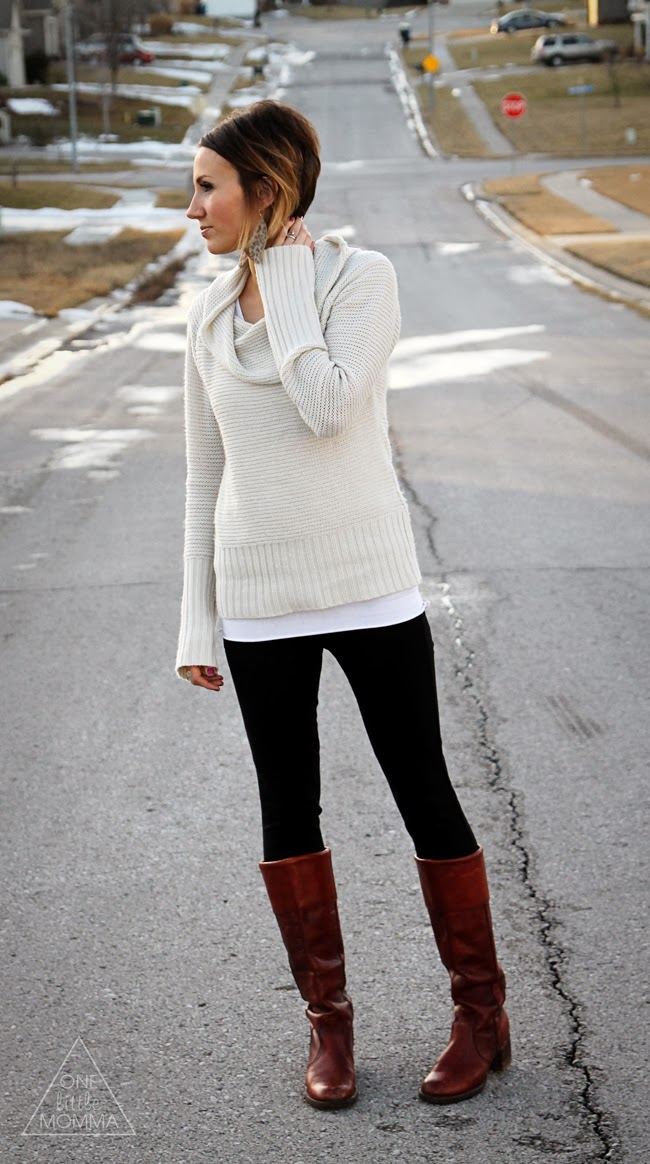long sweater, leggings, boots and bubble necklace. I must buy some comfy clothes soon! Find this Pin and more on Clothes by Rachel Englund. Cute winter outfit with a long sweater, leggings, and leg warmers with boots!