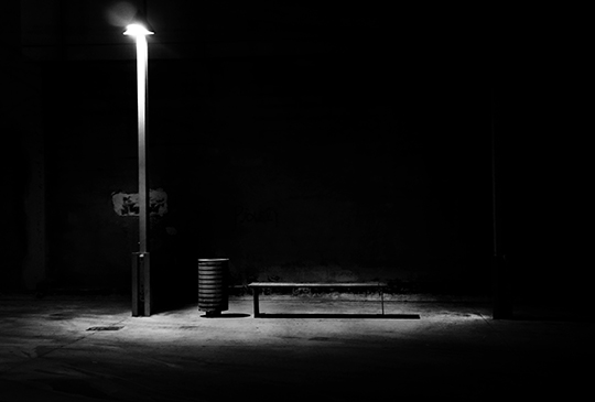 urban photography, black and white, photo, night, street light,