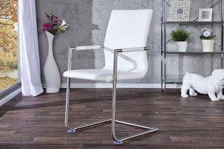 luxusna stolicka v bielej eko kozi, kovova stolicka, biela stolicka do kuchyne, jedalenska stolicka