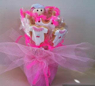 kız bebek kurabiyesi, çubuklu kurabiye, kova