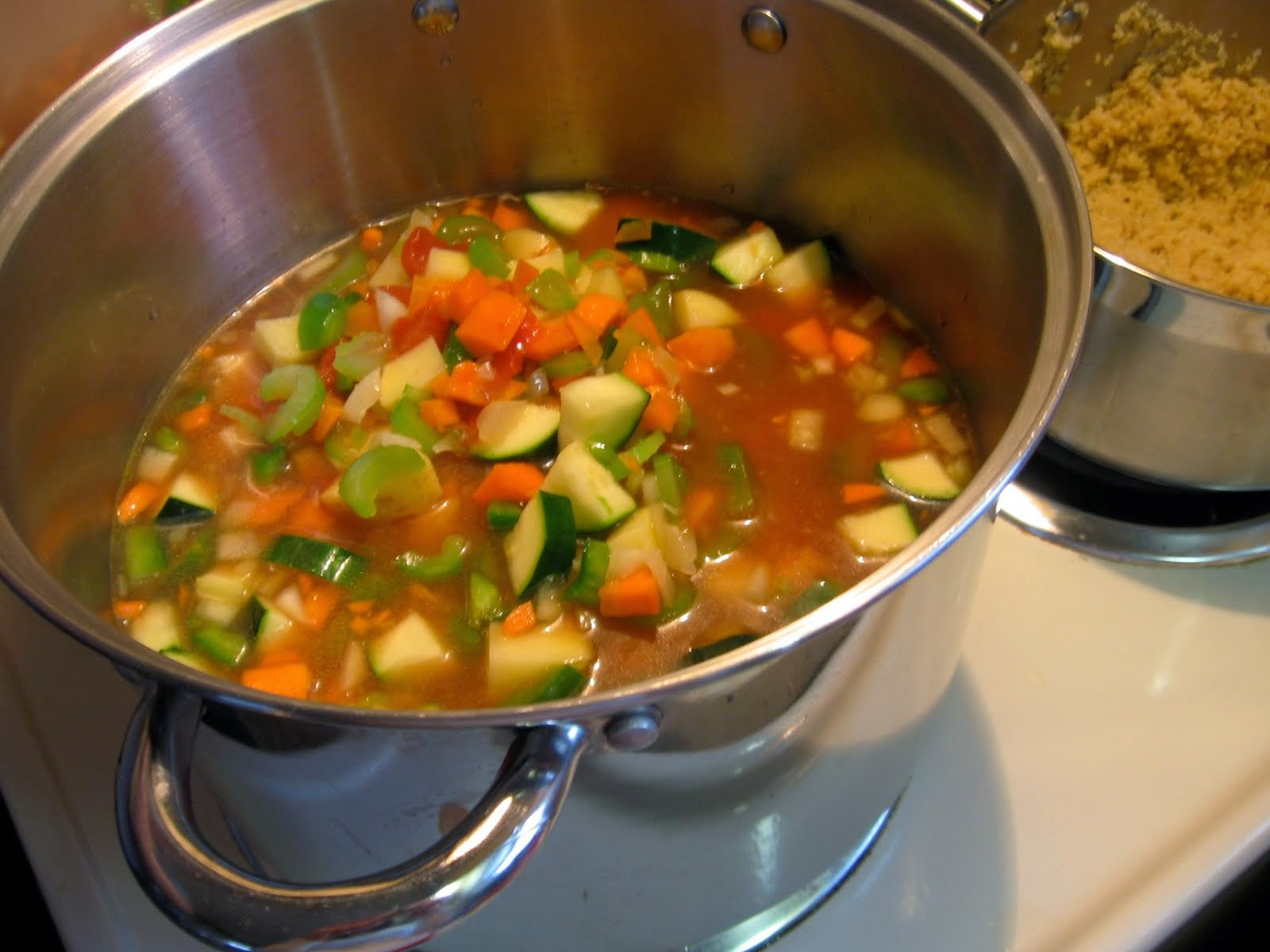 Eat clean soup, quinoa,Vegetable Quinoa Soup, Eat Clean Winter recipe, Sarastakeley.com,