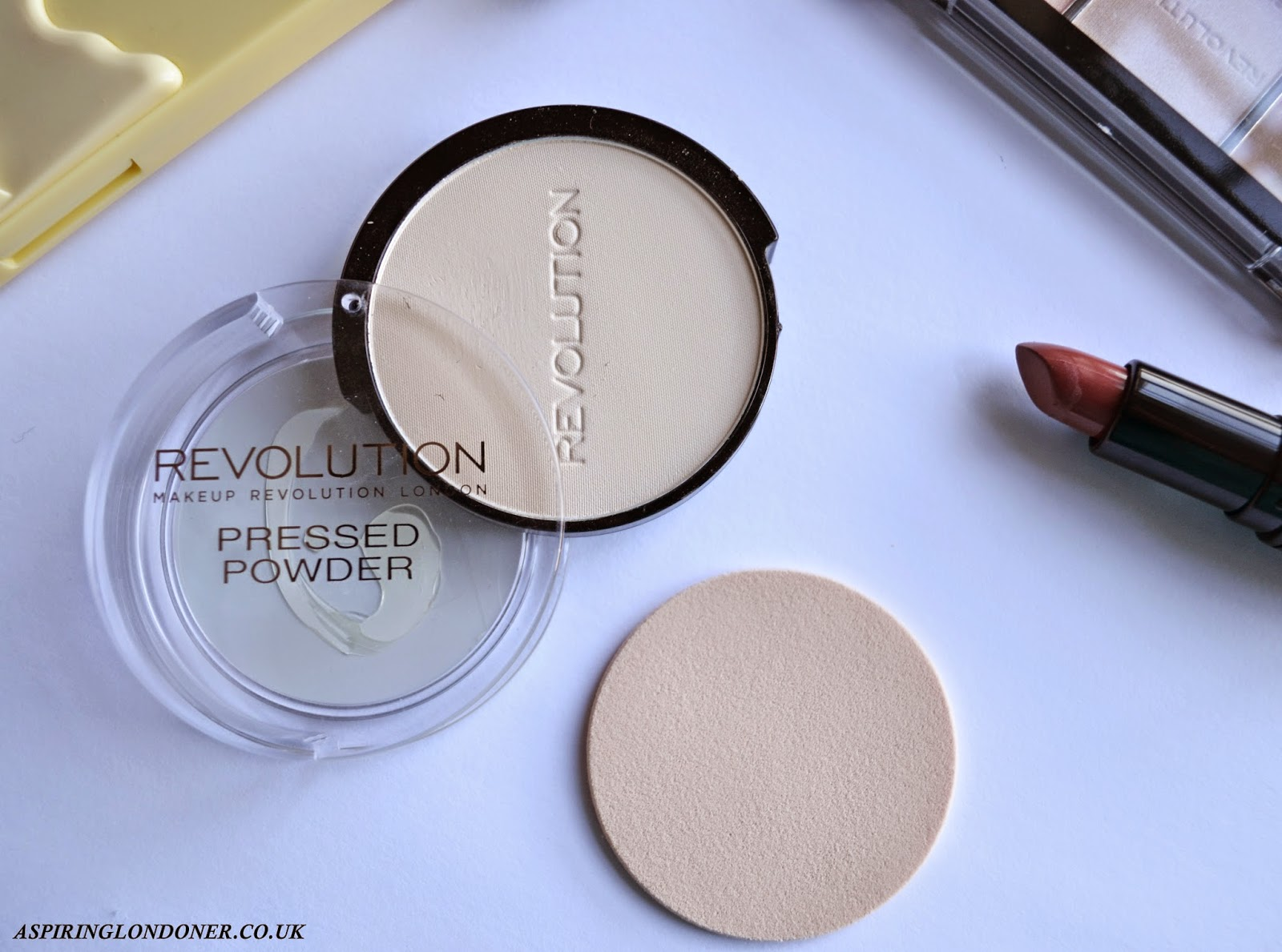 Makeup Revolution Pressed Powder Translucent Review - Aspiring Londoner