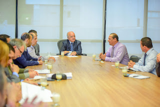 CIDADES Governador José Melo recebe visita de comitiva governamental da Colômbia para tratar de futuros investimentos socioeconômicos