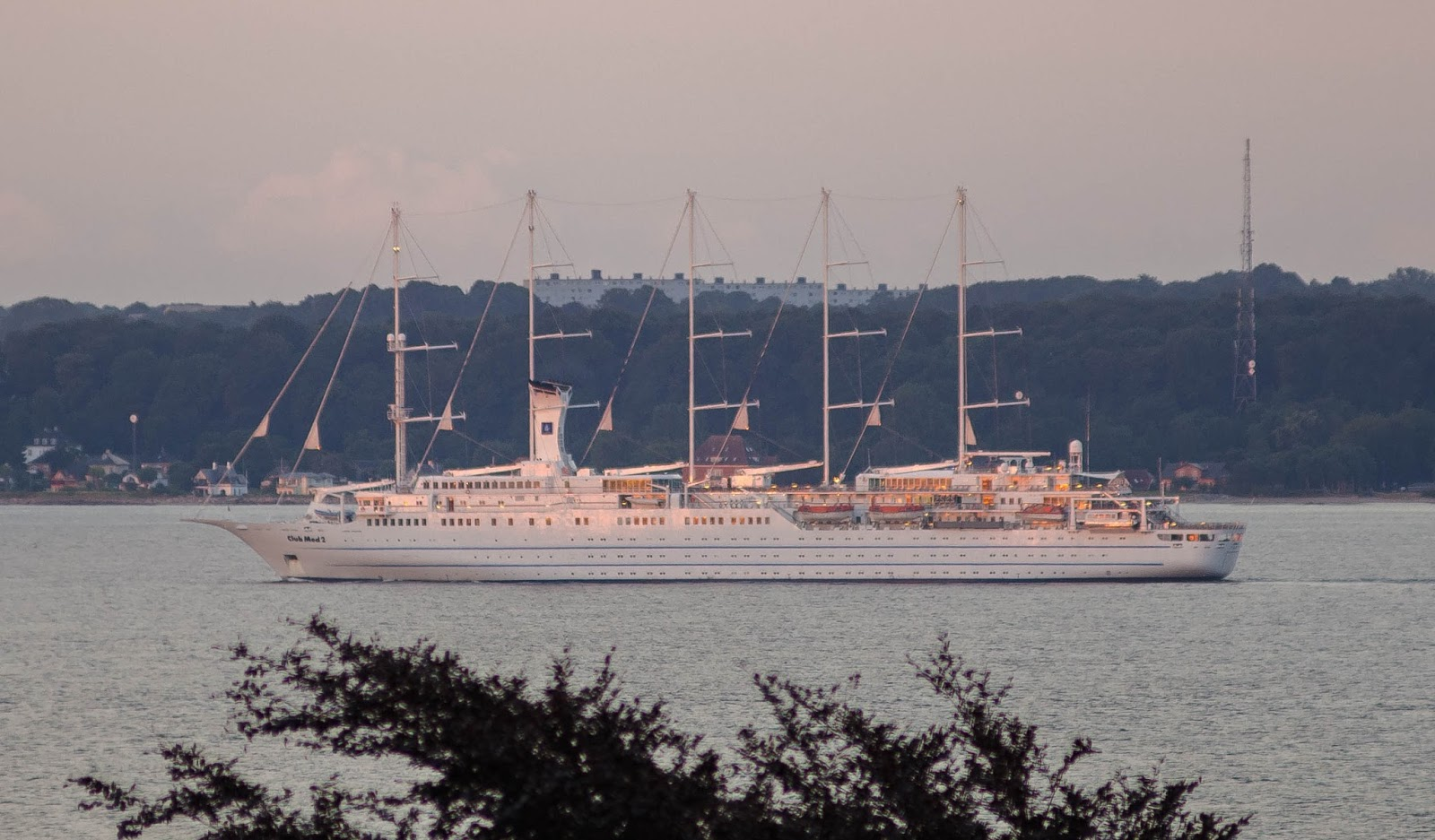The Things I Enjoy The Five-masted Sailing Cruise Ship Club Med 2 On Its First Visit To U00d8resund