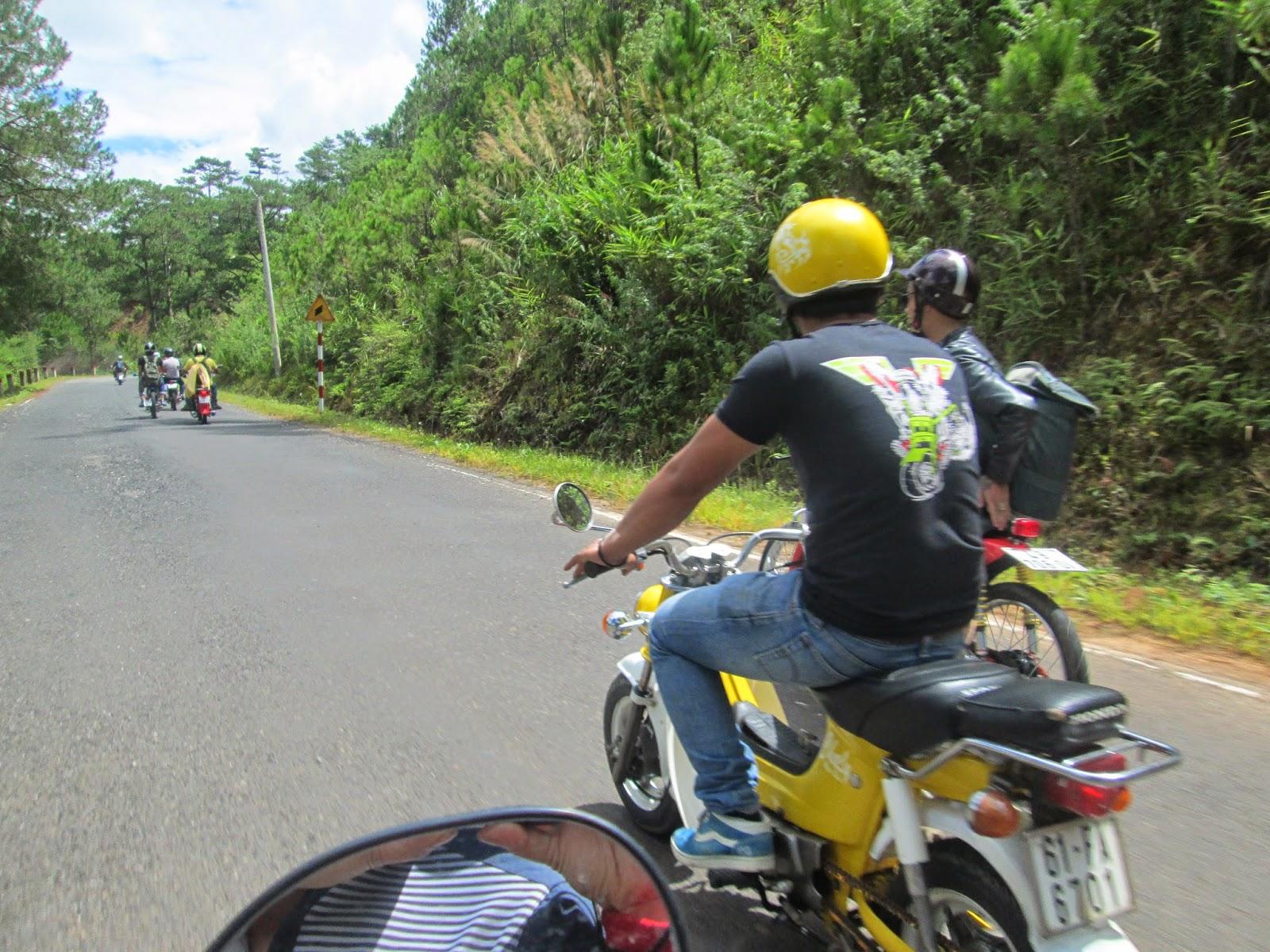 Kinh nghiệm đi xe máy từ Sài Gòn đến Đà Lạt