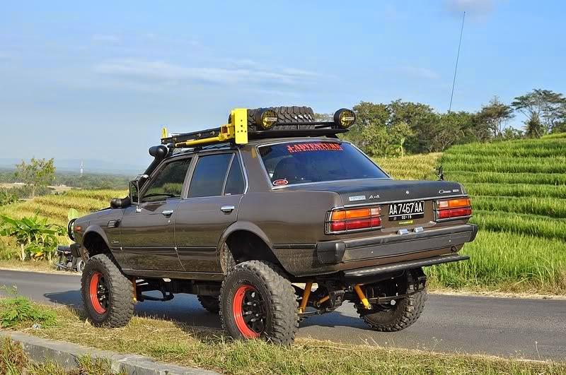 Modifikasi offroad mobil corona
