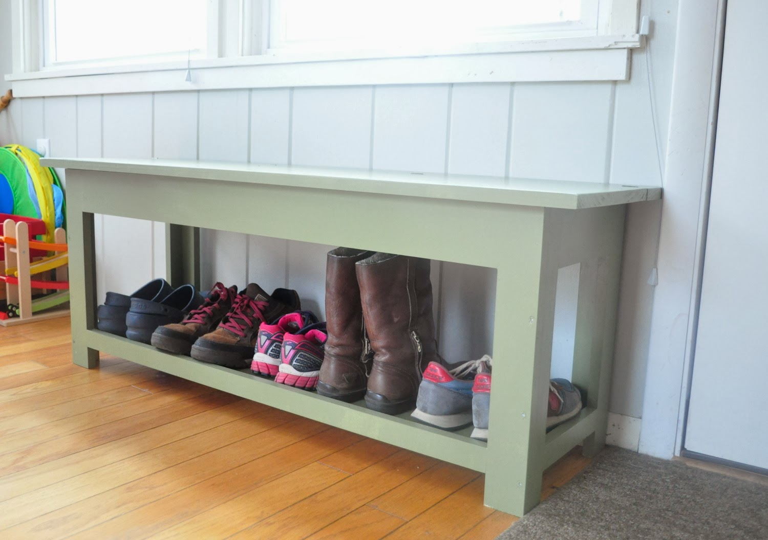 Entryway shoe storage bench plans woodguides Entryway shoe storage bench