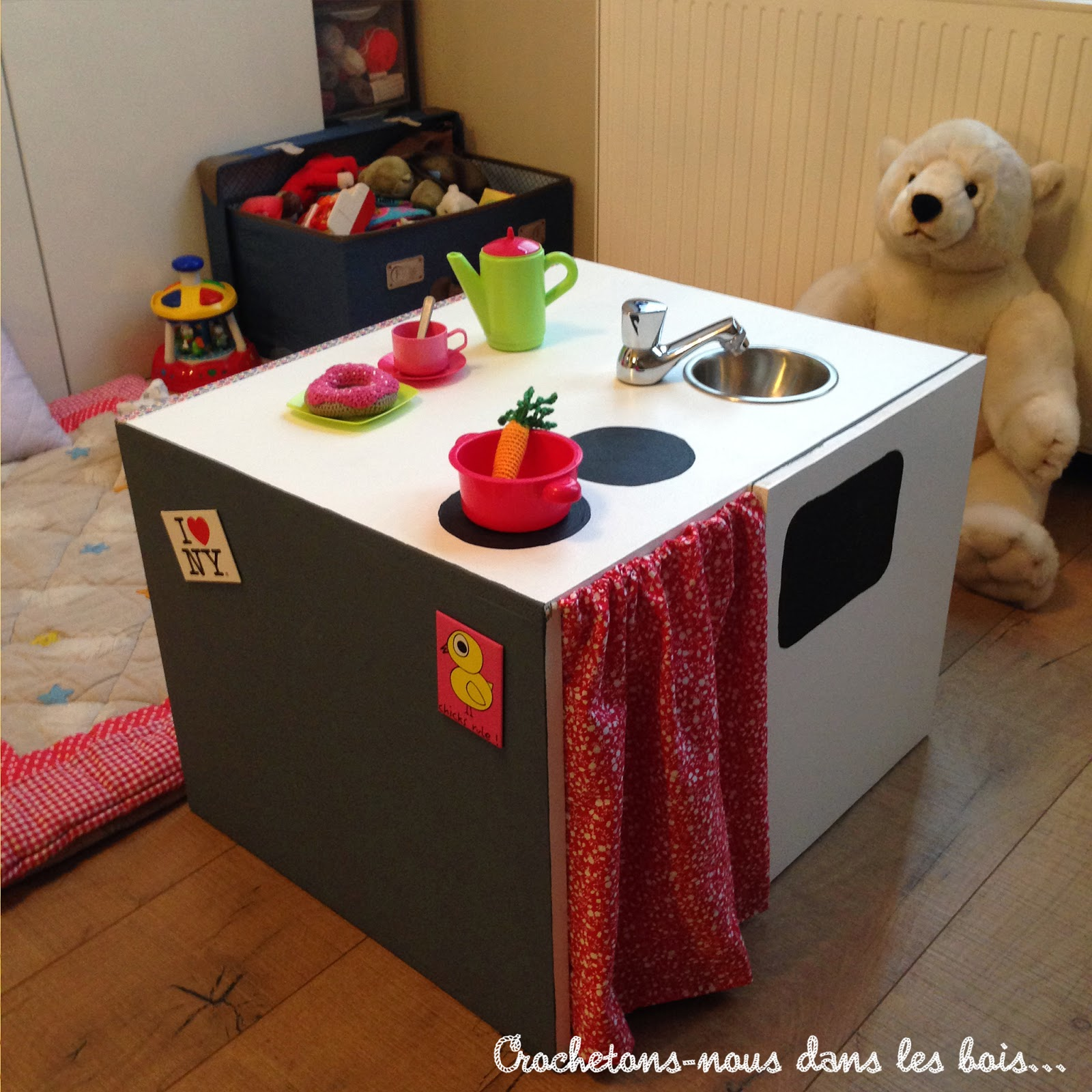 diy ma petite cuisine crochetons nous dans les bois. Black Bedroom Furniture Sets. Home Design Ideas