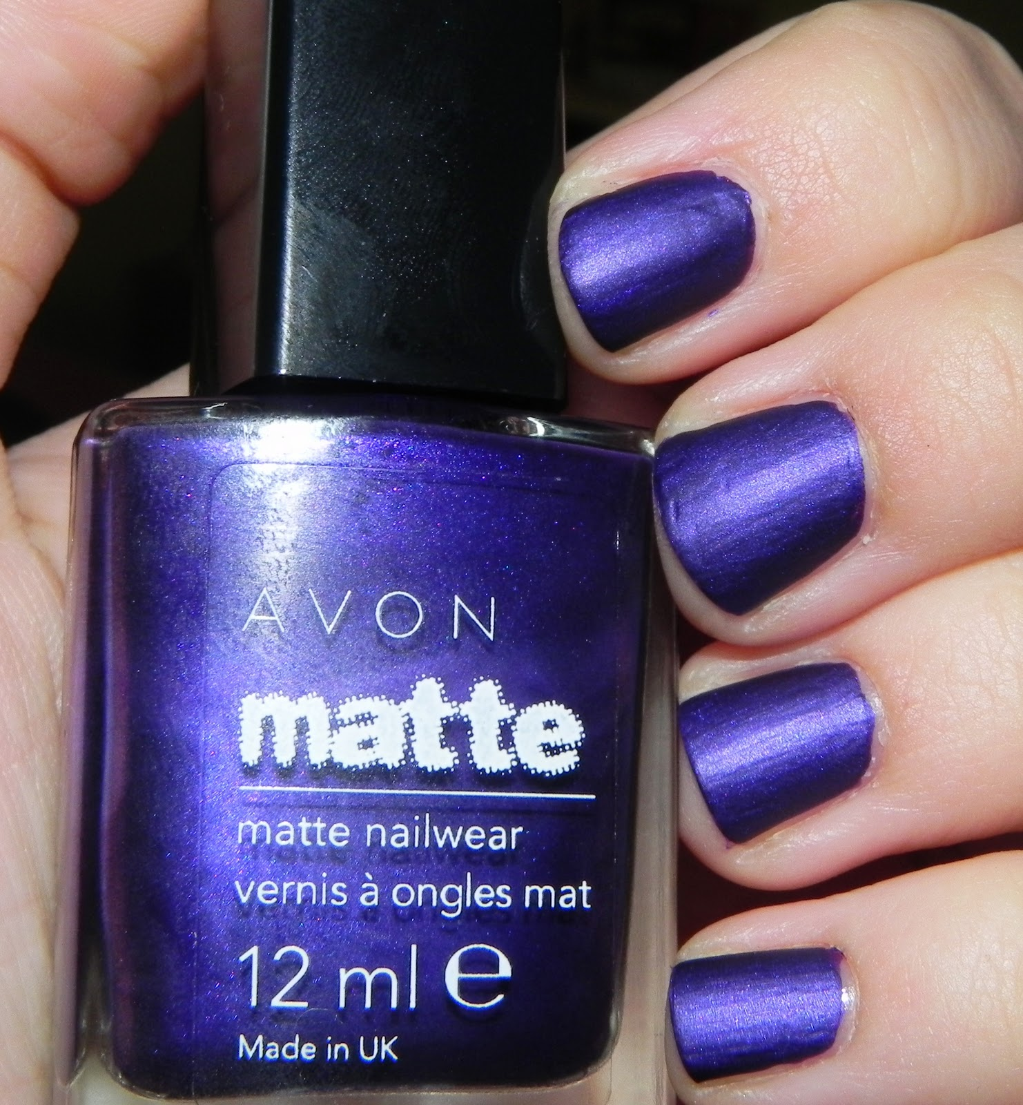 Nail of the Day: Avon Matte Violetta - The Puzzle of Sandra\'s Life
