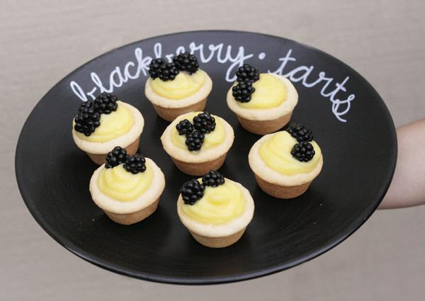 itbritt.com // Blackberry Vanilla Tarts