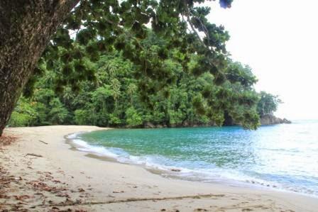 Pantai Namasua Ambon