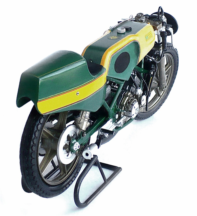 The Great Canadian Model Builders Web Page!: Motori Minarelli 125cc GP