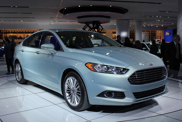 2013 ford fusion hybrid detroit 2012 01. Cars Review. Best American Auto & Cars Review