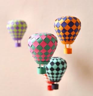 http://todiyornottodiy.blogspot.pt/2013/10/mobil-baloes.html