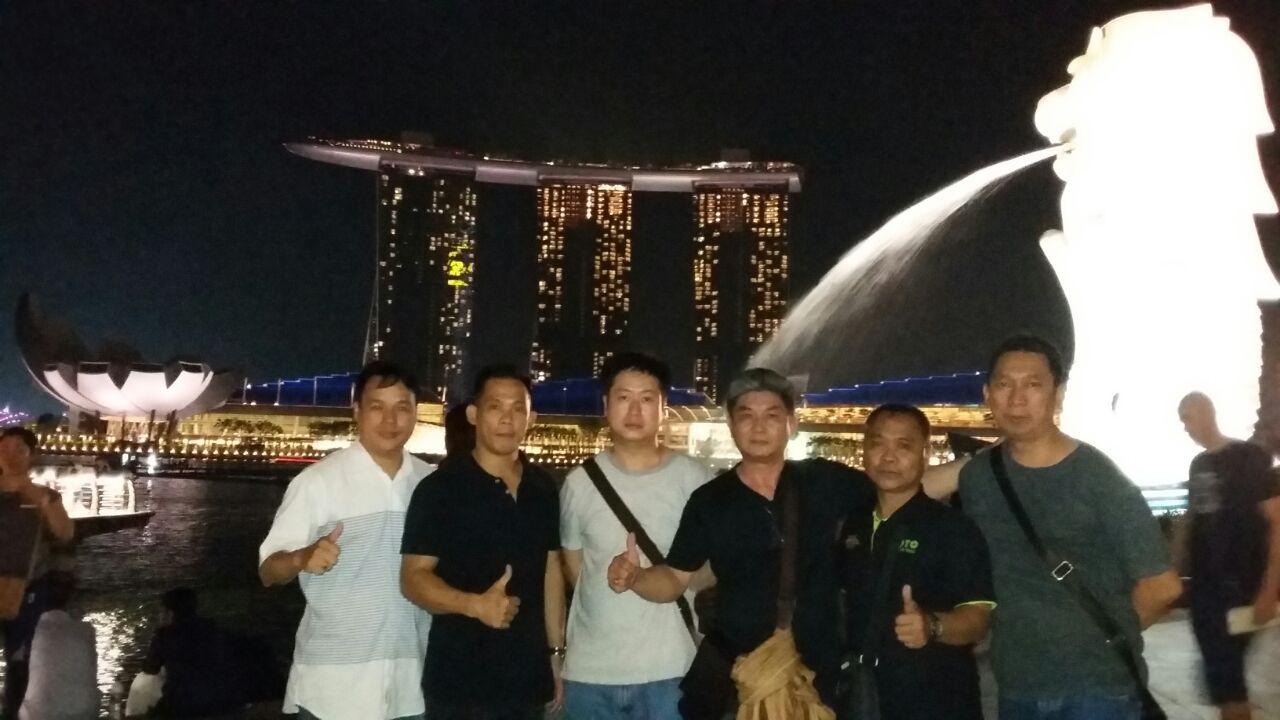 SINGAPORE TOUR 3D2N 16 - 18 Des 2016 With PT MNM Group