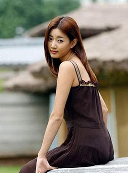 kim sa rang singer