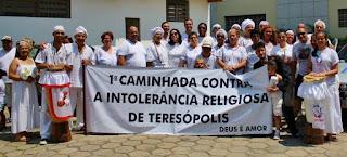Líderes de diversas religiões de matrizes afro-brasileiras se reuniram para a 1° Caminhada Contra a Intolerância Religiosa de Teresópolis