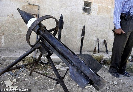 Syrian rebels homemade rockets