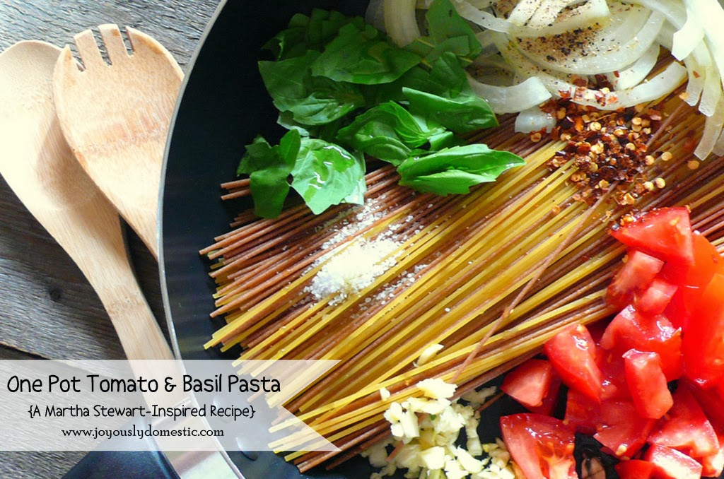 One Pot Tomato & Basil Pasta