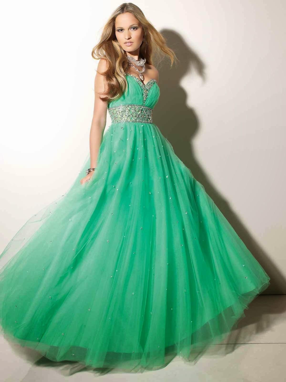 Disenos de vestidos para fiesta de egresados