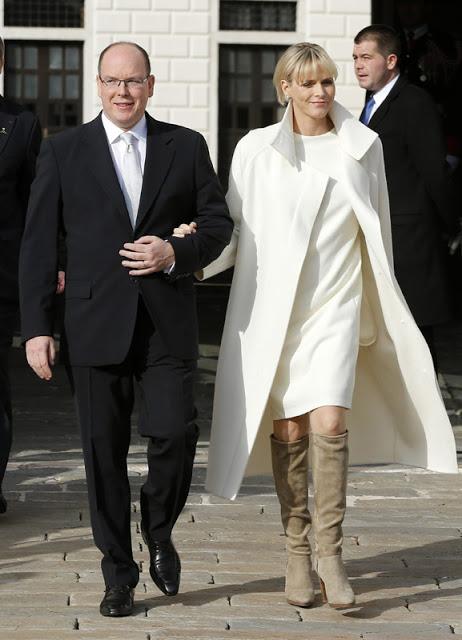 Alberto de Monaco y su esposa.
