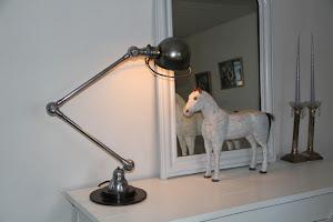 gl. Jiélde lampe + gl. fransk hest