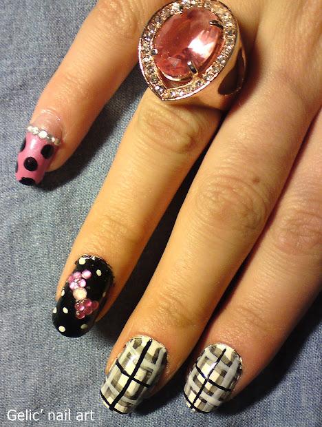 gelic' nail art checked