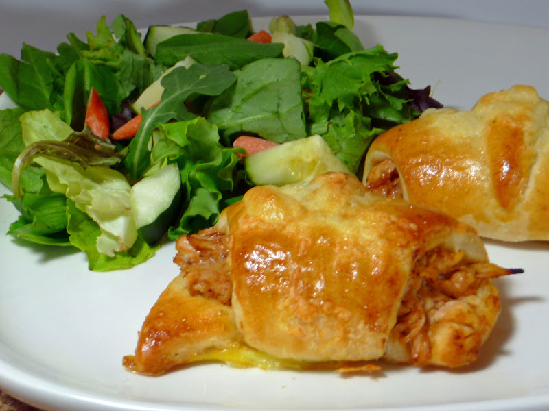Pillsbury crescent rolls 3 different recipes life for Different meals to make with chicken