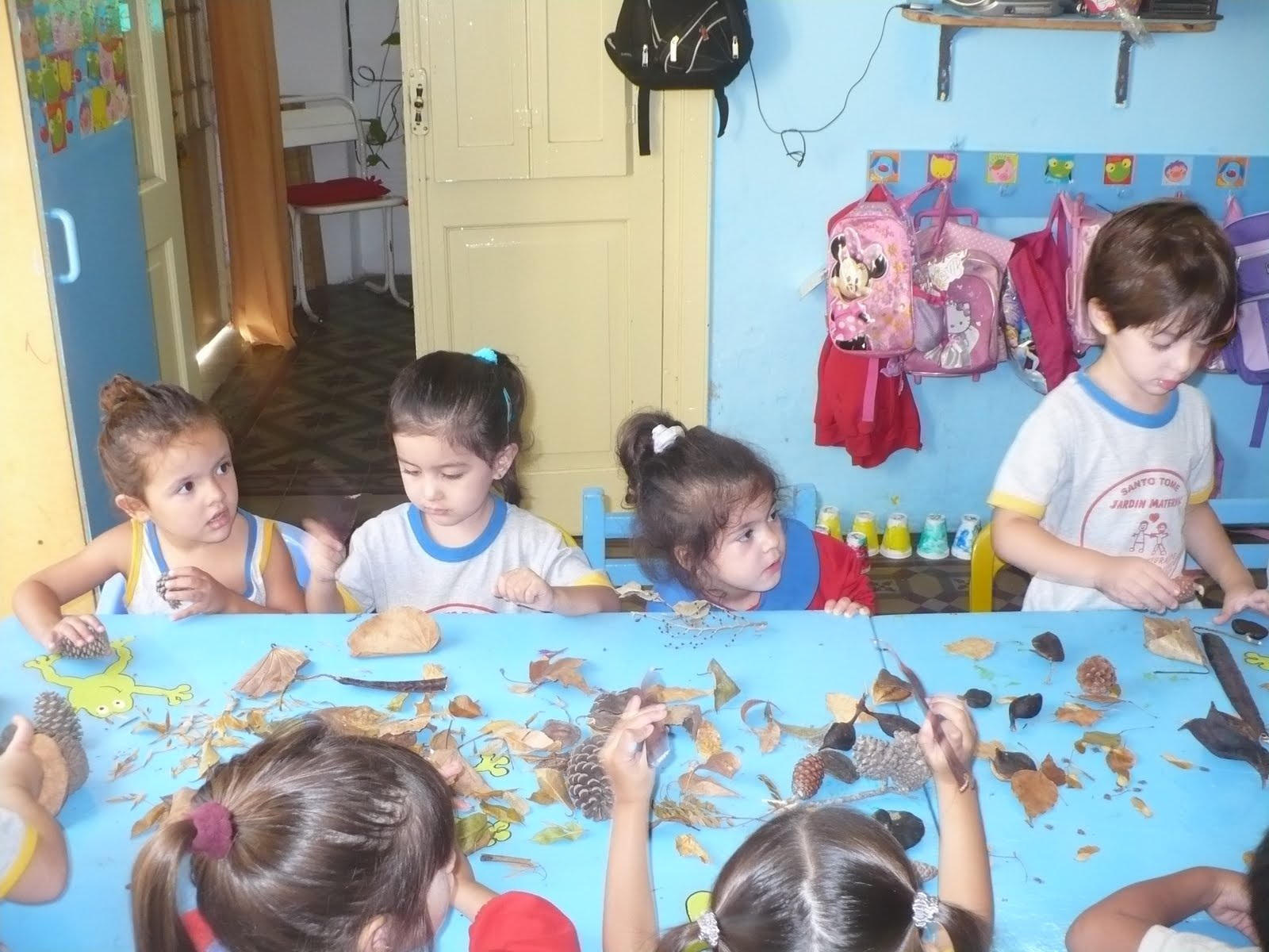 Jard n maternal las aventuras de cristian y diego for Adaptacion jardin maternal