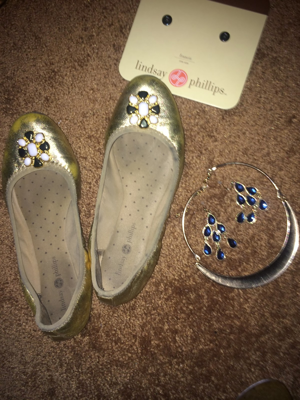 OOTD with new Old Navy outlet jewelry, Navy Blue eyeshadow - Beauty ...