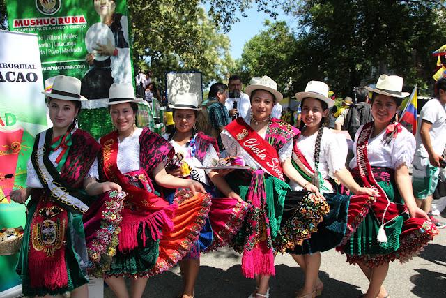 grupo folclorico danza ecuatoriana