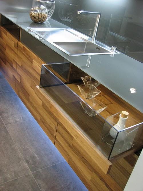 Desain Dapur Minimalis Modern Bernuansa Kayu